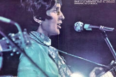 revista_woodstock_spread_central